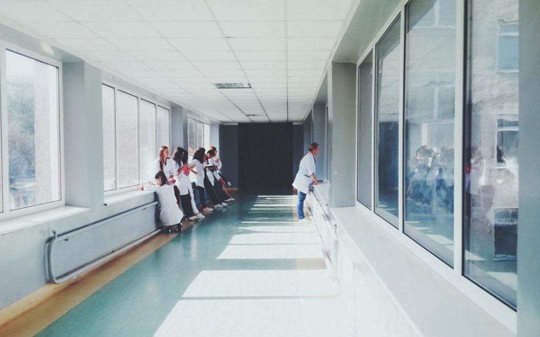 papelmatic higiene profesional infecciones nosocomiales higiene manos intrahospitalarias contagios hospitales centros sociosanitarios