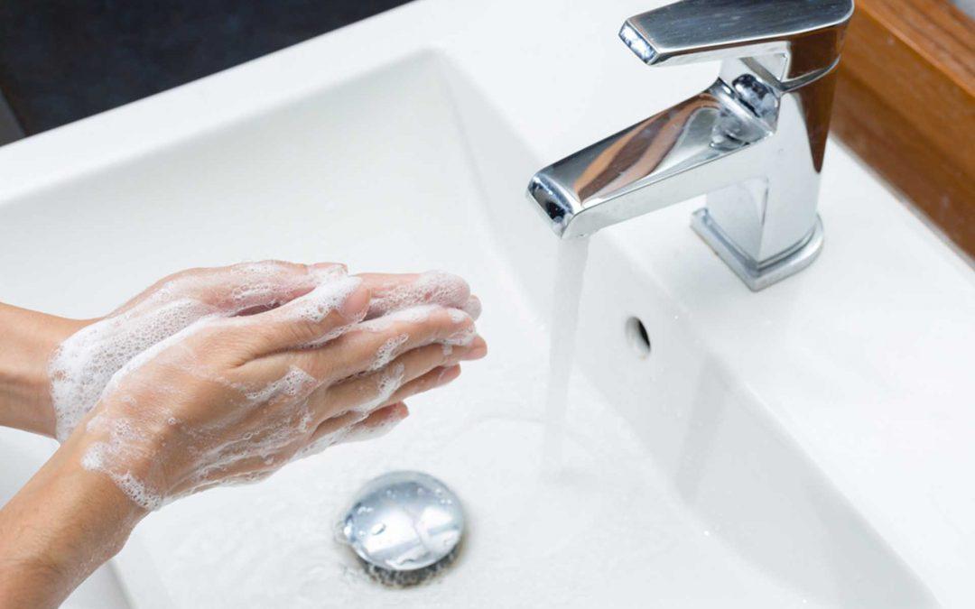 Infografia: Quan rentar-se les mans a la indústria alimentària