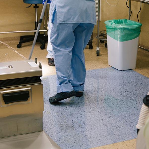 papelmatic-higiene-profesional-limpieza-desinfeccion-area-quirurgica-procedimientos