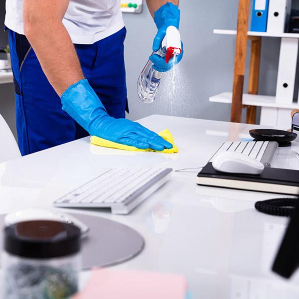 papelmatic-higiene-profesional-limpieza-desinfeccion-covid19-oficinas-limpiar
