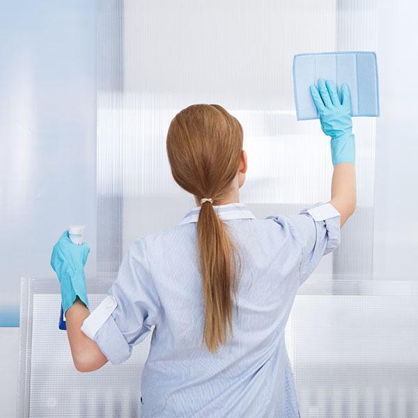 papelmatic-higiene-professional-neteja-i-desinfeccio-del-quiròfan-productes-guants