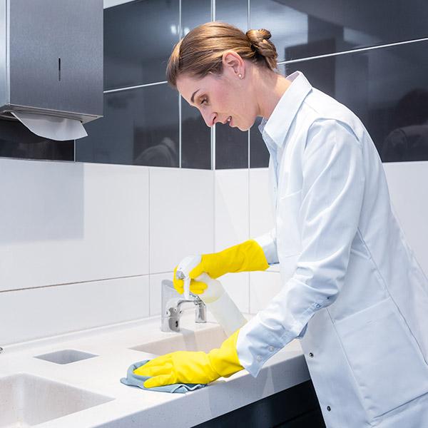 papelmatic-higiene-profesional-proteger-personal-limpieza-equipos-proteccion-individual