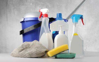 Quina és la diferència entre neteja, desinfecció i esterilització?