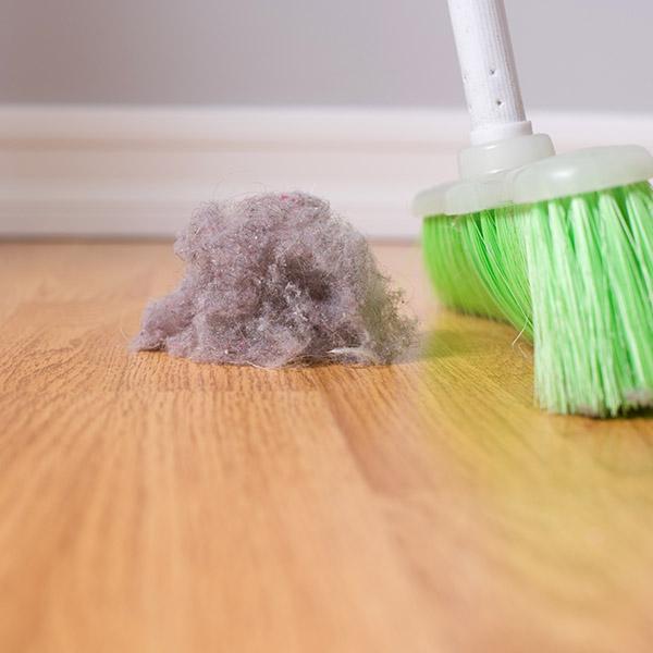 papelmatic-higiene-professional-avantatges-neteja-en-humit-neteja-en-sec