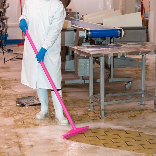 papelmatic-higiene-profesional-comprar-recogedores-de-agua-vikan-rosa